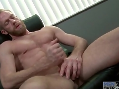 Bearded guy with insanely sexy abs jerks off