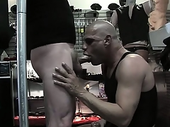 Broad in the beam dude gets his huge meaty cock sucked on by alternate man